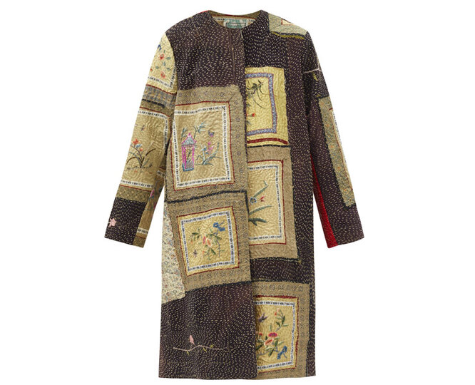 """ПАЛЬТО&nbsp;<a href=""""https://www.matchesfashion.com/intl/products/By-Walid-Tanita-floral-embroidered-silk-coat-1412431"""" target=""""_blank"""">BY WALID</a>, 311 575 рублей"""