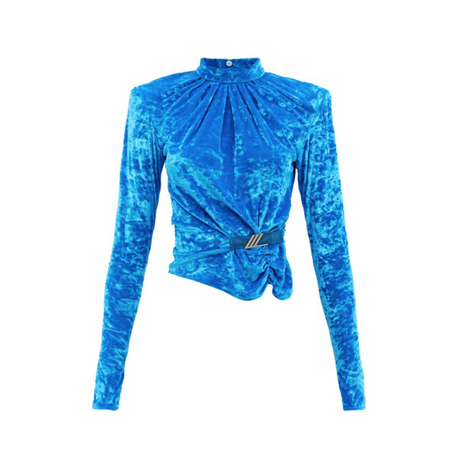 """<a href=""""https://www.matchesfashion.com/intl/products/The-Attico-Padded-shoulder-velvet-top-1416897"""" target=""""_blank"""">THE ATTICO, 44 615 руб.</a>"""