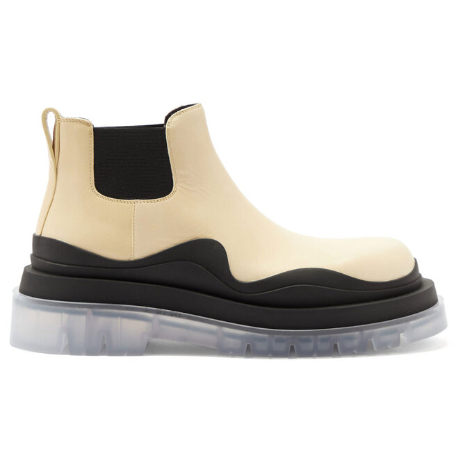 "<a href=""https://www.matchesfashion.com/intl/products/Bottega-Veneta-BV-Tire-leather-Chelsea-boots-1360515"" target=""_blank"">BOTTEGA VENETA,&nbsp;58&nbsp;615&nbsp;руб.&nbsp;</a>"