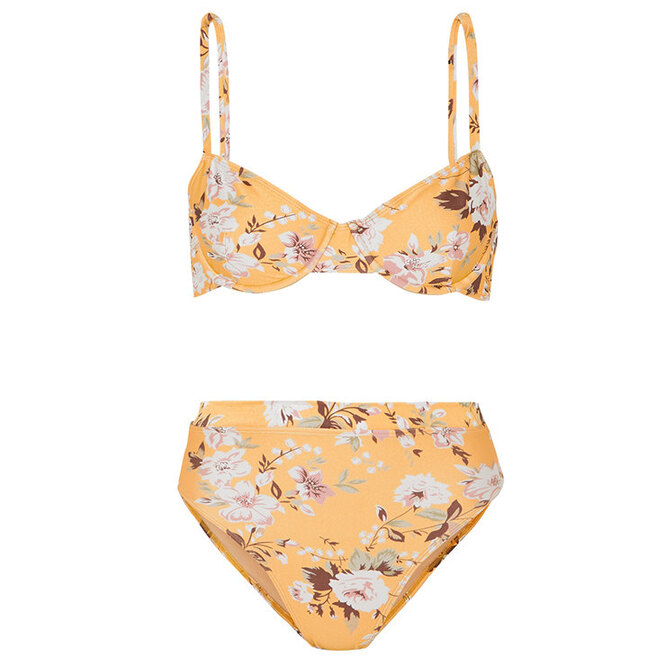 "<a href=""https://www.net-a-porter.com/ru/en/product/1159295/faithfull_the_brand/lolita-floral-print-underwired-bikini"" target=""_blank"">FAITHFULL THE BRAND,&nbsp;11&nbsp;094&nbsp;руб.</a>"