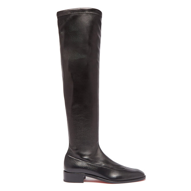 """<a href=""""https://www.matchesfashion.com/intl/products/Christian-Louboutin-Theophila-over-the-knee-leather-boots-1296950"""" target=""""_blank"""">CHRISTIAN LOUBOUTIN, 100&nbsp;110 руб.&nbsp;</a>"""
