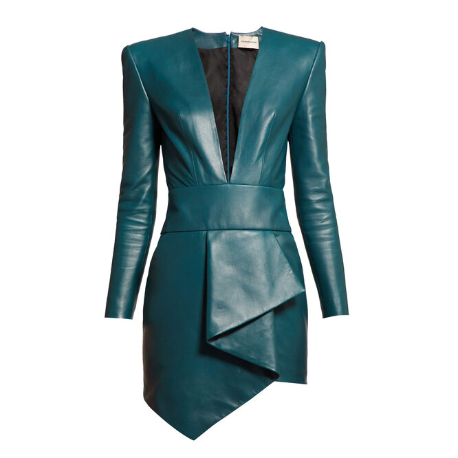 """<a href=""""https://www.matchesfashion.com/intl/products/Alexandre-Vauthier-Plunge-neck-leather-mini-dress-1295086"""" target=""""_blank"""">ALEXANDRE VAUTHIER,&nbsp;70&nbsp;370&nbsp;руб.&nbsp;</a>"""