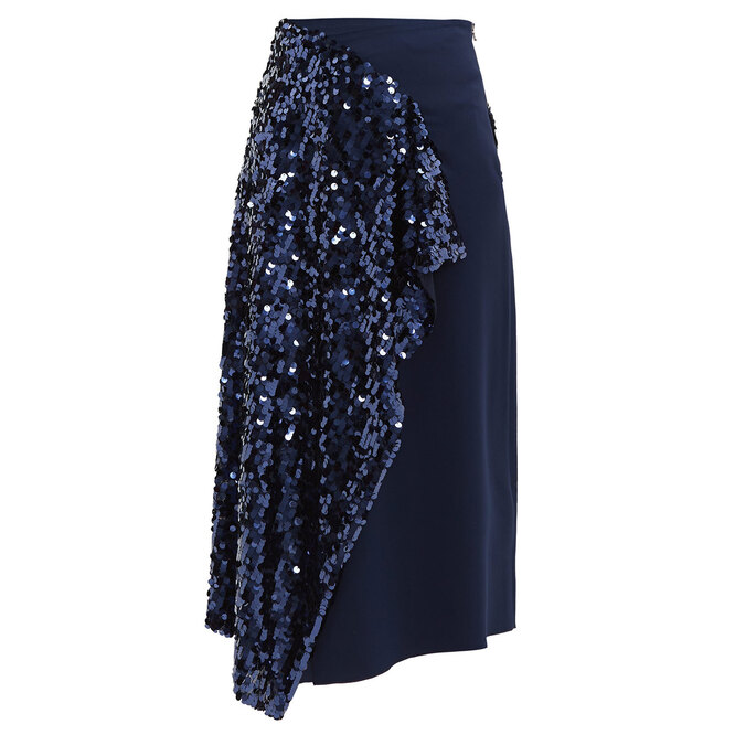 """Юбка&nbsp;<a href=""""https://www.matchesfashion.com/intl/products/Roland-Mouret-Kells-sequinned-wrap-skirt-1285270"""" target=""""_blank"""">ROLAND MOURET</a>, 72 842 руб."""