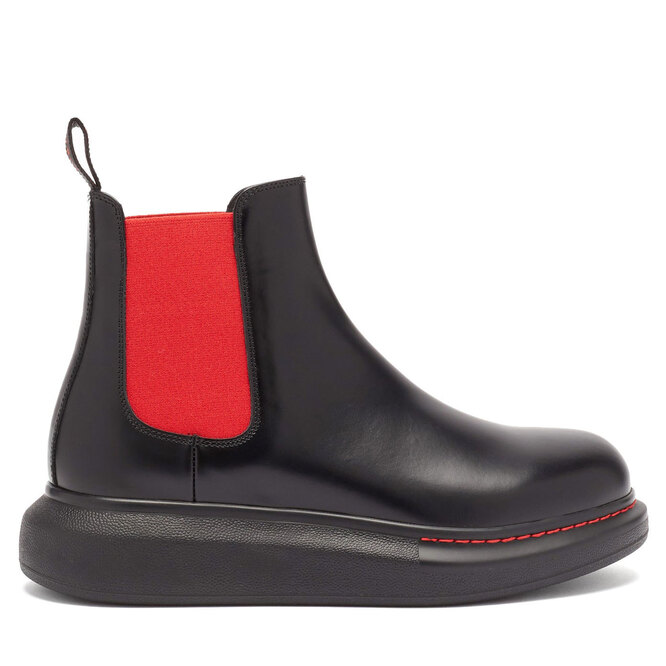"<a href=""https://www.matchesfashion.com/intl/products/Alexander-McQueen-Hybrid-exaggerated-sole-leather-Chelsea-boots-1365897"" target=""_blank"">ALEXANDER MCQUEEN,&nbsp;32&nbsp;305&nbsp;руб.&nbsp;</a>"
